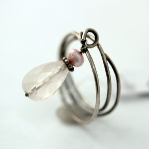 sølvring with pink quartz